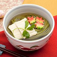 島根県産抹茶を練り込んだ「抹茶うどん ~包丁細切り~」