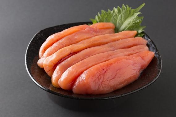 【令和2年新物】 北海道 知床 羅臼産「たらこ 特 中 500g」(化粧箱入り)  今が旬のたらこ!隠し味の羅臼昆布だしが美味しさを引き立てます!