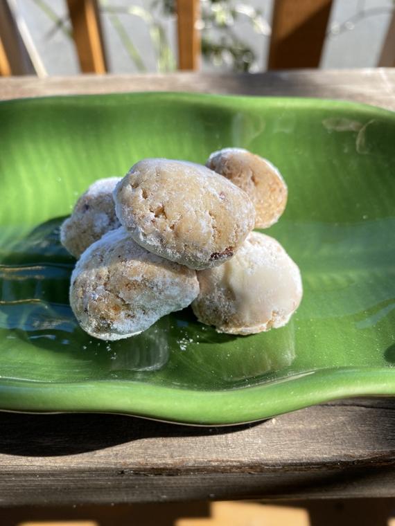 ココナッツとラムレーズンのクッキー
