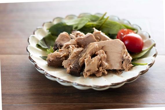 サラダツナ 【新開発商品】カツオの魚肉と オリーブオイルの新しい味 【漬魚・魚加工品】