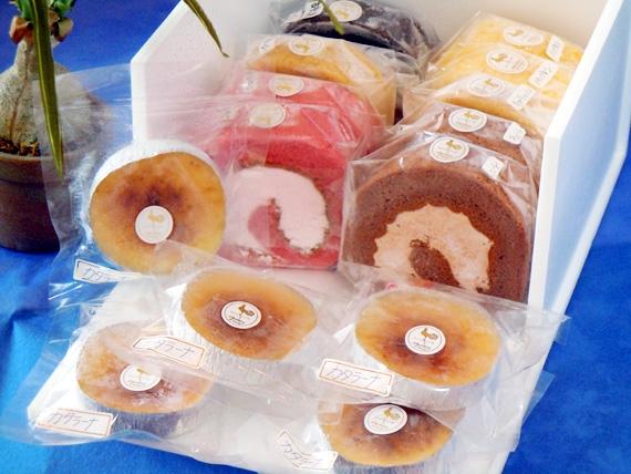 【7月一杯のタイムセール】究極のアイスロールケーキ10個とカタラーナ5個の詰め合わせ(送料無料)