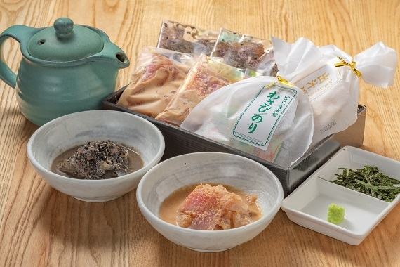 天然鯛茶漬け(白・黒2食セット)xあごだし明太子x博多煮付けセット【カニ・鮮魚・魚介類】   心で感じる美味しさ…    いとしま本舗の鯛茶漬け?